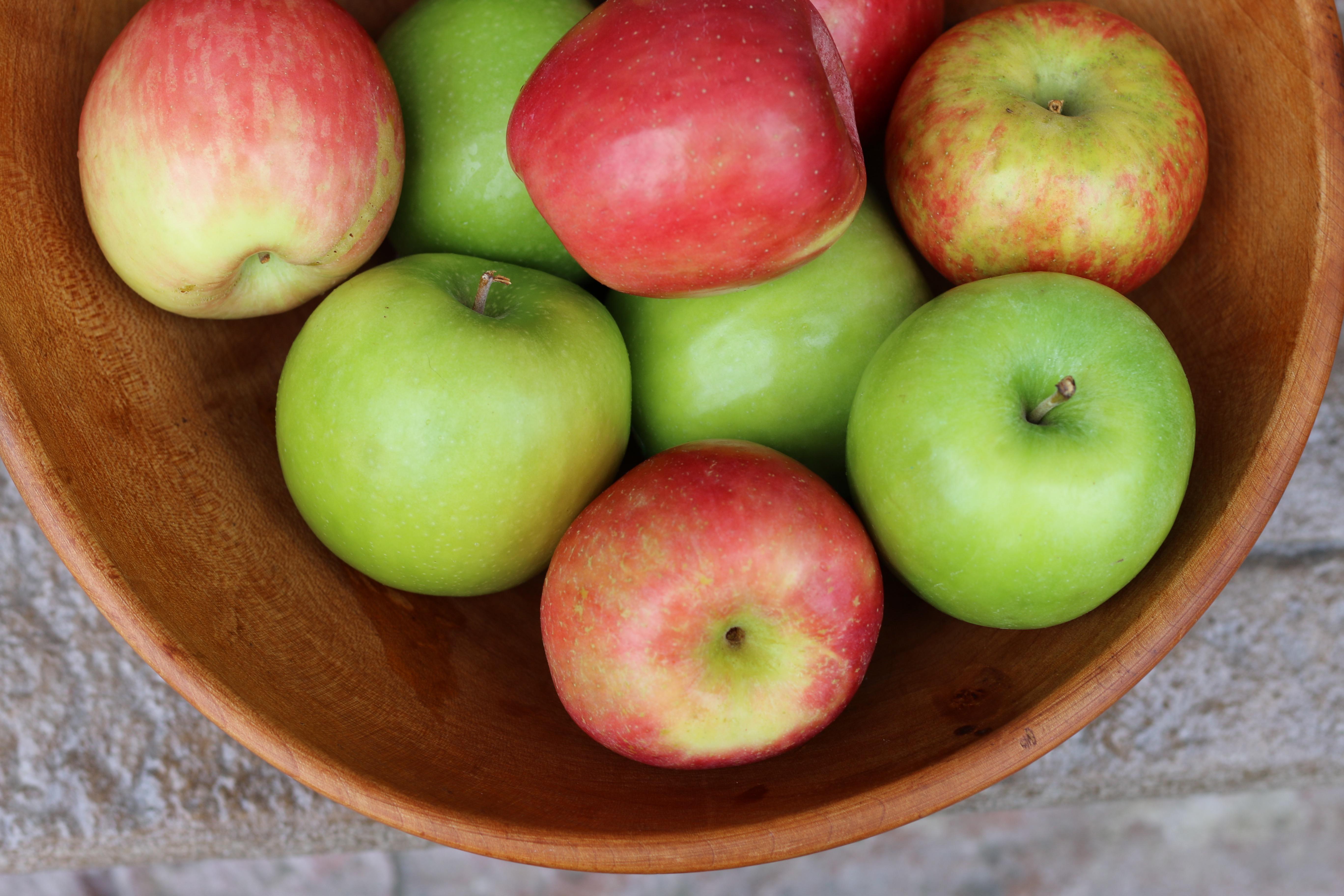 Pegan Apple Crisp by BeingBrigid